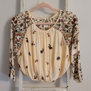 Free People♡ Embroidered keyhole wild flowers top